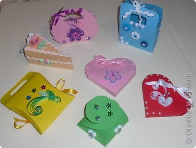 Упаковка Квиллинг: Подарочные сумочки Бумага 8 марта.  Фото 1.