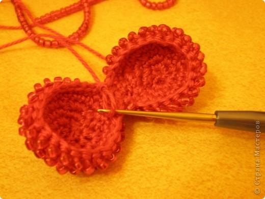 Мастер-класс, Презент от Голубки Вязание крючком: Бисерное сердце. МК Бисер, Пряжа Валентинов день. Фото 5