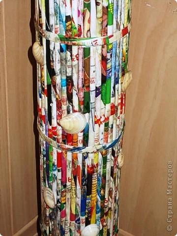 Из всего что мне приходилось делать, из газетных трубочек, подобные вазы самые легкие. Почему подобные, расскажу в конце МК.. Фото 25