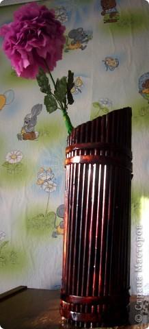 Из всего что мне приходилось делать, из газетных трубочек, подобные вазы самые легкие. Почему подобные, расскажу в конце МК.. Фото 27