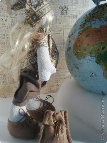 День путешествий. В этот день, в 1861 году, впервые вышел журнал «Вокруг света», старейший русский, советский и российский научно-популярный и страноведческий журнал о мире вокруг нас, путешествиях и открытиях.. Фото 14
