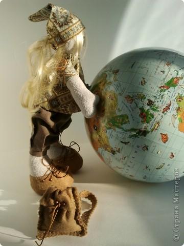 День путешествий. В этот день, в 1861 году, впервые вышел журнал «Вокруг света», старейший русский, советский и российский научно-популярный и страноведческий журнал о мире вокруг нас, путешествиях и открытиях.. Фото 11