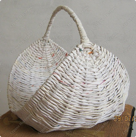 recycling: weaving basket tutorial