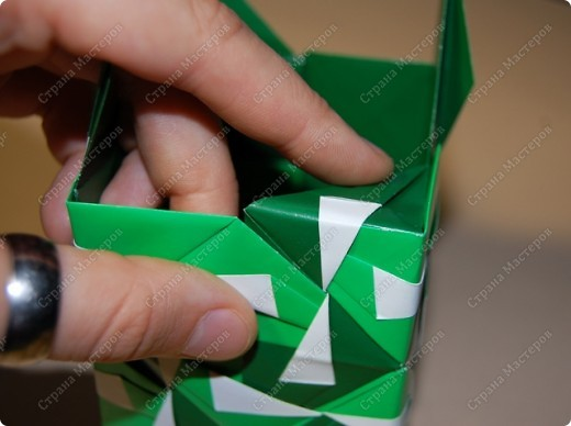 Мастер-класс Оригами: МК ваза оригами. Часть 3.  Бумага. Фото 15
