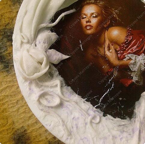 Берем тарелку хорошо обезжириваем(любым средством для стекла) подбираем мотив. Фото 5