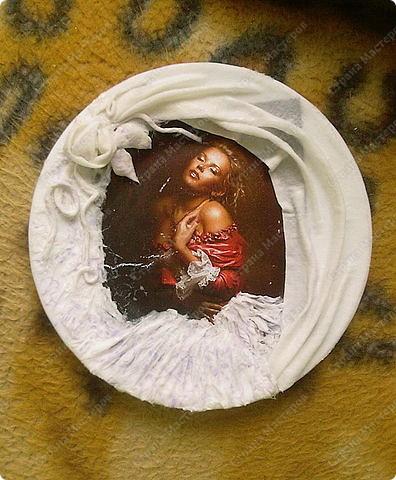 Берем тарелку хорошо обезжириваем(любым средством для стекла) подбираем мотив. Фото 6