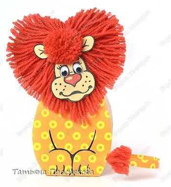 Мастер-класс Моделирование: Сердечный лев ко дню Святого Валентина Картон, Нитки, Помпоны Валентинов день