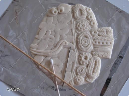 делаем форму рыбы,на неё лепим разные формочки в виде колбасок,кружочков,квадратиков, спиралек. Фото 5