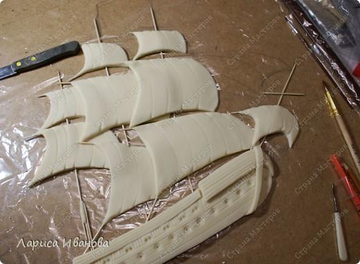 Я делала уже такой корабль около года назад. Размер работы 60х50 см. Сейчас покажу, как я его лепила и расписывала))). Фото 12