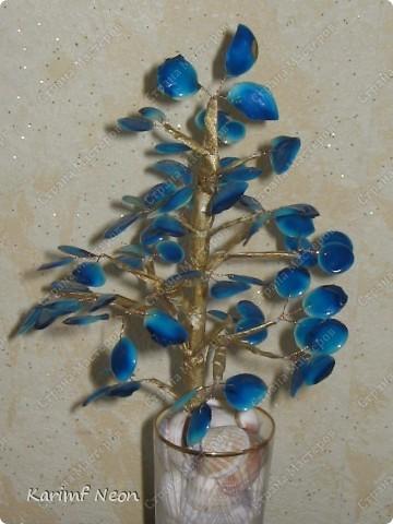 Поделка, изделие: Дерево из КЛЕЯ ПВА Клей, Проволока, Скотч. Фото 4