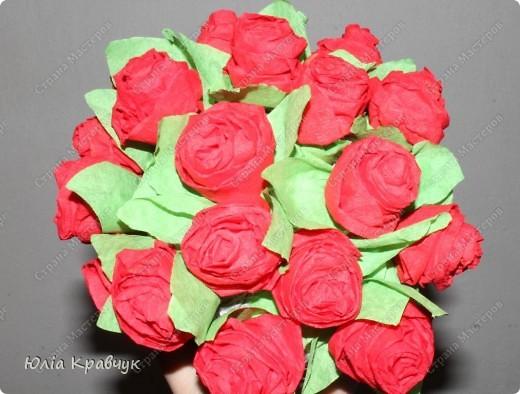 Мастер-класс,  Аппликация, : Шар из роз. МК Бумага газетная, Бумага гофрированная, Клей . Фото 1