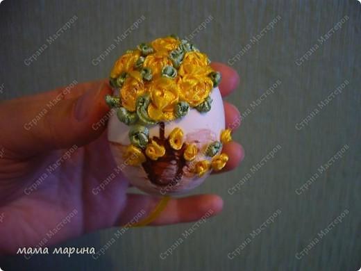 Декор предметов, Мастер-класс Вышивка: топиарий на яйце ,как я его вышиваю Ленты Пасха. Фото 12