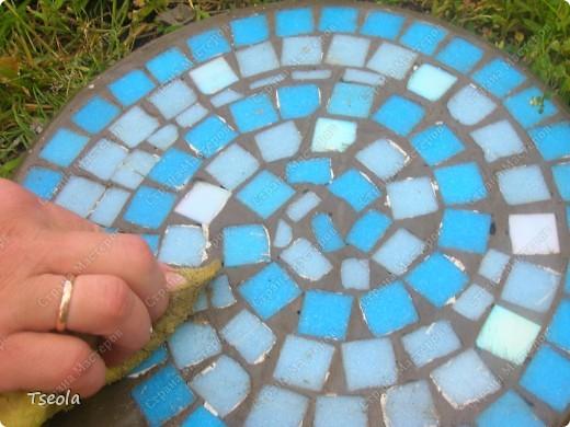 Мастер-класс, Поделка, изделие Мозаика: Садовая плитка своими руками. Фото 10