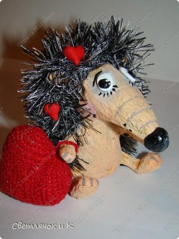 Игрушка Вязание крючком, Папье-маше: Жил-был ёжик Бумага, Клей, Краска, Пластика, Пряжа Новый год. Фото 15