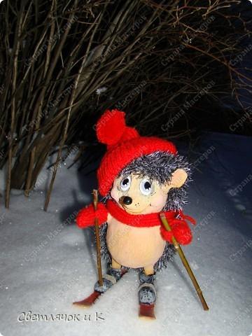 Игрушка Вязание крючком, Папье-маше: Жил-был ёжик Бумага, Клей, Краска, Пластика, Пряжа Новый год. Фото 12