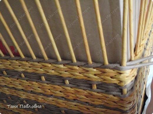 Мастер-класс, Поделка, изделие Плетение: Короб для открытых полок и мааааленький МК Бумага газетная. Фото 13