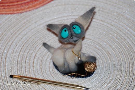 """Игрушка Валяние (фильцевание): MK """"Милые котики"""" мои Голубоглазка и Рыжик Шерсть Дебют. Фото 21"""