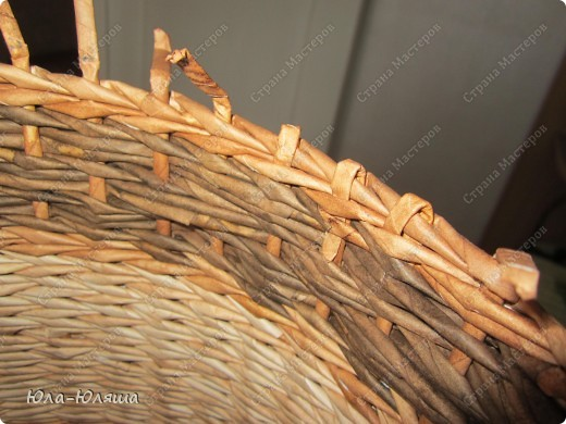 Вдохновилась работами Тани Павловны и решила повторить ее идею кашпо без дна. Накрасила трубочки из чековой ленты морилками водными цвета дуб, дуб+вода и дуб+палисандр. Фото 10