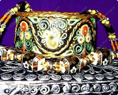 Декор предметов Бумагопластика: Золотой браслет, инкрустированный цветными эмалями. Пейп-арт. Мастер-класс. Салфетки 8 марта. Фото 13