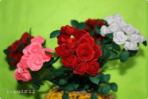Мастер-класс, Поделка, изделие Бумагопластика, Квиллинг: Ваза с розами и мини МК Бумага, Бумажные полосы, Бусинки, Проволока. Фото 2