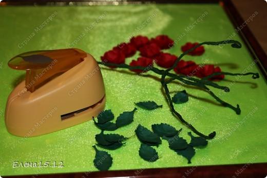 Мастер-класс, Поделка, изделие Бумагопластика, Квиллинг: Ваза с розами и мини МК Бумага, Бумажные полосы, Бусинки, Проволока. Фото 13