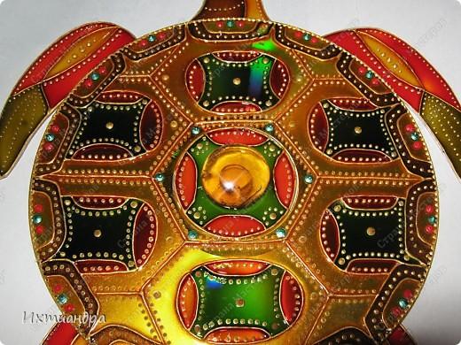 Мастер-класс, Поделка, изделие Витраж, Роспись: Золотая черепаха! Диски компьютерные, Клей, Краска. Фото 23