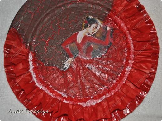 "Мастер-класс Декупаж: Тарелка ""Фламенко"" Бумага. Фото 22"