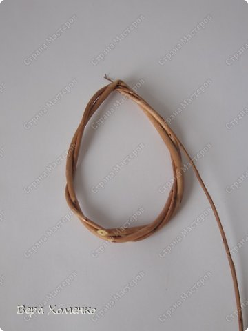 Декор предметов, Мастер-класс Плетение: Пасхальный декор (рамка для писанки) Материал природный Пасха. Фото 5