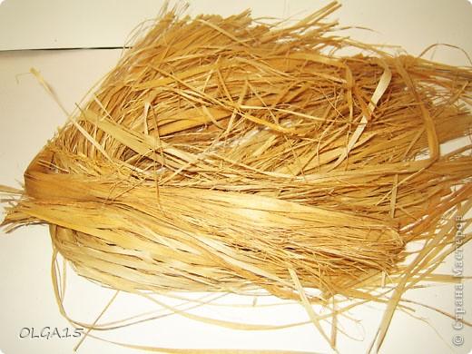 Для создания основы  из лыка  сплести косу.. Фото 2
