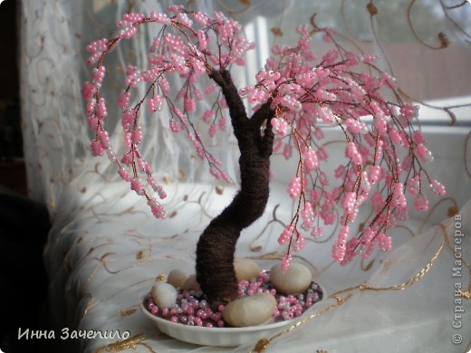 Бисероплетение: Деревья и цветы из бисера.  Бисер.  Фото 2.