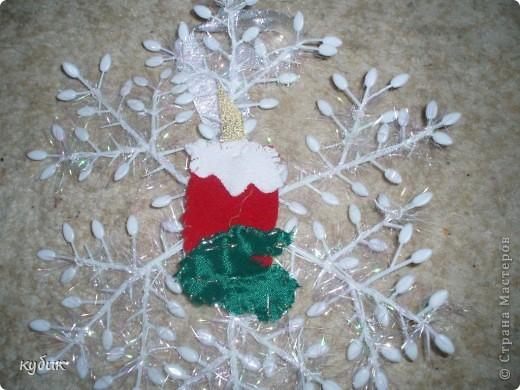 Поделка, изделие Аппликация: новогоднии подвески на дверные и оконные