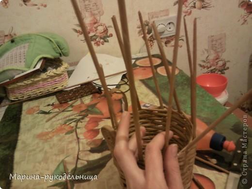 Мастер-класс,  Плетение, : ЗАГИБ КРАЯ КОРЗИНКИ Бумага газетная . Фото 3