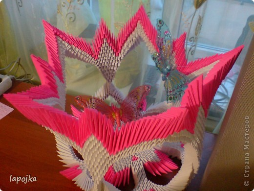 Мастер-класс Оригами модульное: Ваза с бабочками Бумага.  Фото 1.