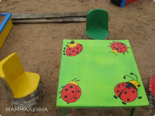 Столик на детскую площадку своими руками 62