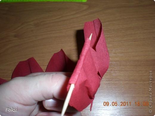 Мастер-класс, Свит-дизайн,  Бумагопластика, : Скромненький сладкий букет для хорошего человека.мини мк роз из гофробумаги Бумага гофрированная День рождения, . Фото 7