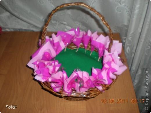 Мастер-класс, Свит-дизайн,  Бумагопластика, : Скромненький сладкий букет для хорошего человека.мини мк роз из гофробумаги Бумага гофрированная День рождения, . Фото 13