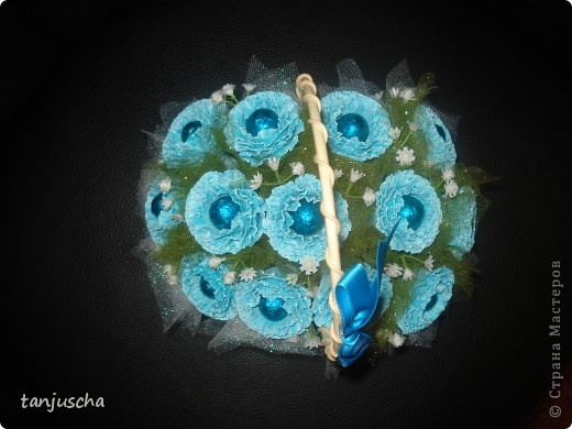 Свит-дизайн Бумагопластика: Мой первый букетик Бумага гофрированная 8 марта, День матери, День рождения. Фото 3