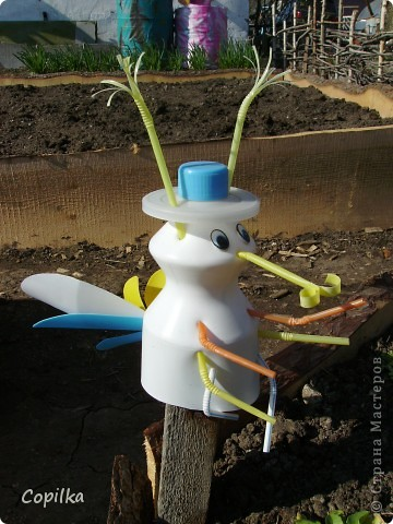 Поделка, изделие: Мои огородные помощники Материал бросовый. Фото 2