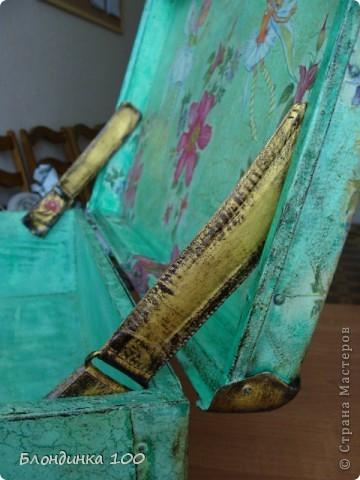 Декор предметов Декупаж: Чемодан-цветник Краска, Салфетки.  Фото 10.