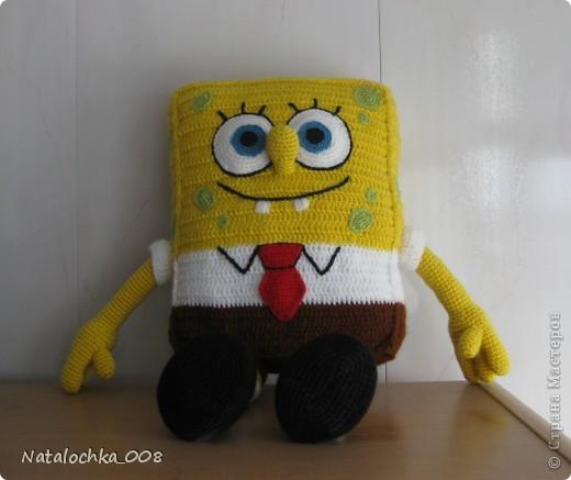 Игрушка Вязание крючком: Спанч Боб Нитки День рождения.  Фото 2.