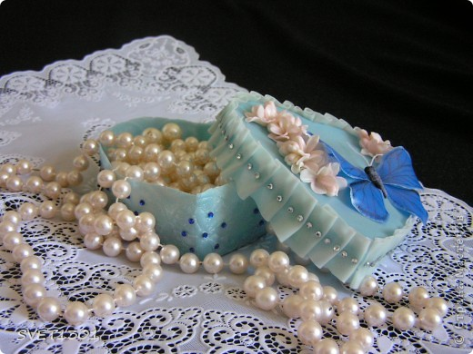 Поделка, изделие, Упаковка Лепка:  Шкатулка , бабочка и скульптурка! Фарфор холодный 8 марта, День матери, День рождения. Фото 3
