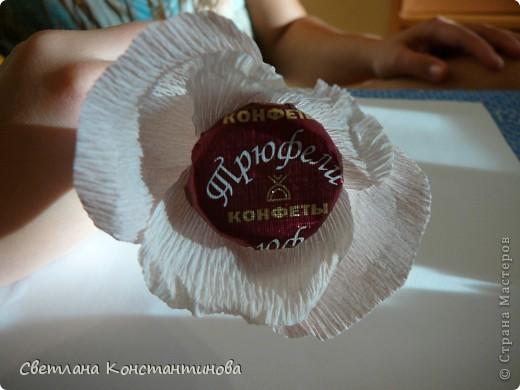 Мастер-класс, Свит-дизайн Бумагопластика: МК по изготовлению роз в свит -дизайне Бумага гофрированная, Бусинки. Фото 13
