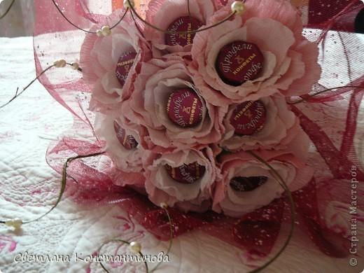 Мастер-класс, Свит-дизайн Бумагопластика: МК по изготовлению роз в свит -дизайне Бумага гофрированная, Бусинки. Фото 24