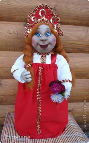 Куклы Шитьё: Марфушенька-душенька (кукла-грелка) Капрон. Фото 16