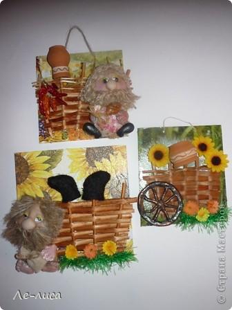 Мастер-класс Коллаж: Домовой у плетня или утилизация цветочной корзины. Мини-МК.. Фото 14