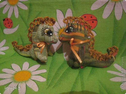 Игрушка Шитьё: Дракончики и кошечка . Нитки, Ткань Новый год. Фото 1