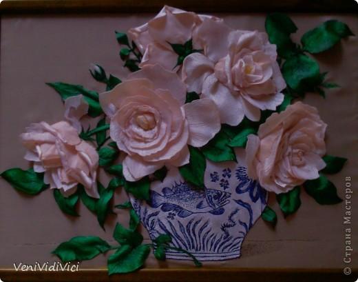 Картина, панно Гильоширование: Выжигание по ткани, Кремово-белые розы Ткань. Фото 1