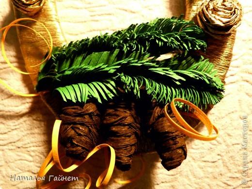 Мастер-класс, Поделка, изделие Бумагопластика, Квиллинг: Подковы-магнитики из подложек и креповой бумаги. Бумага гофрированная, Бумажные полосы, Клей, Материал бросовый, Пенопласт Новый год, Рождество. Фото 26