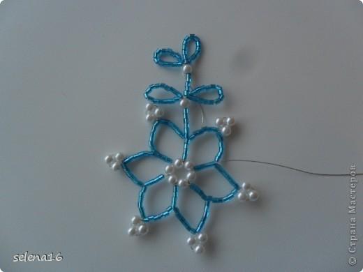 Maestro listones clase: perlas MK copos de nieve del Año Nuevo.  Foto 24
