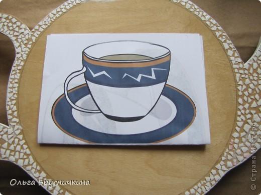 """Мастер-класс, Поделка, изделие Декупаж: Часы"""" Приглашаем на чай"""" Салфетки, Скорлупа яичная, Фанера. Фото 5"""
